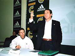 ブラジルコーチトレーニングにて ブラジル代表監督パレイラ氏と活動