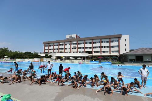 06伊豆ホテル+プール